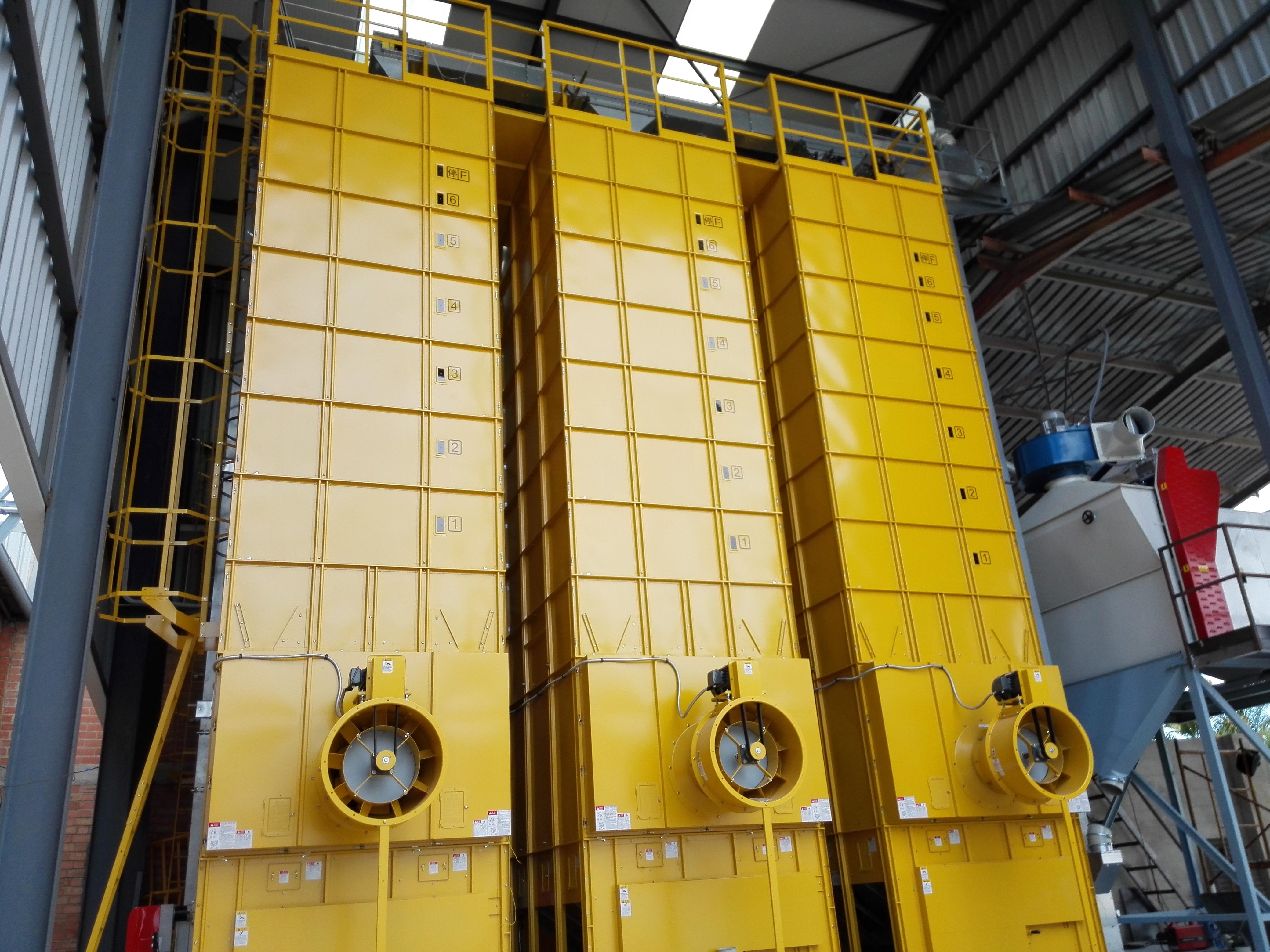 AGROMAY. Instalación secaderos de arroz